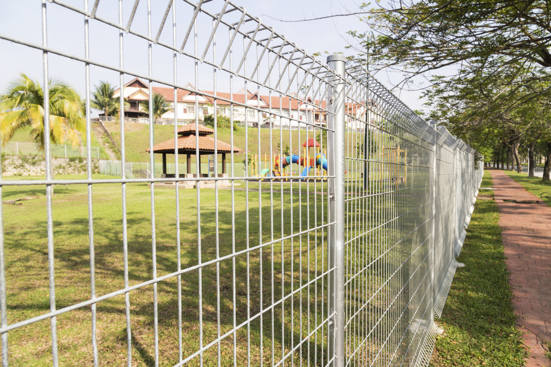 Features of 358 Anti-climb Fence