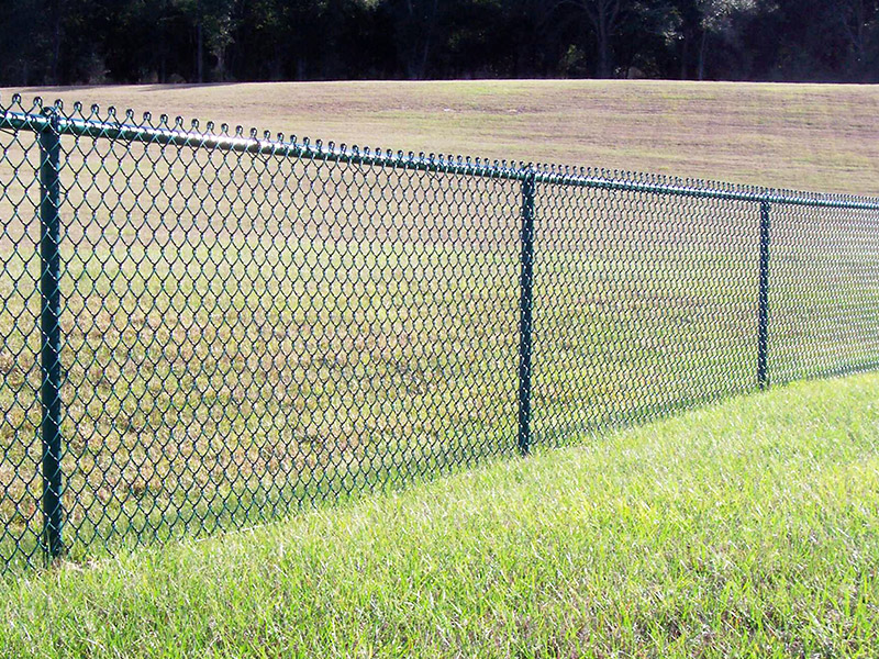 Chain Link Fence-The Most Economical Fence with Military Quality